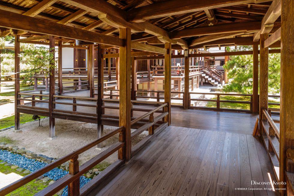 Covered walkways at Daikaku-ji Temple