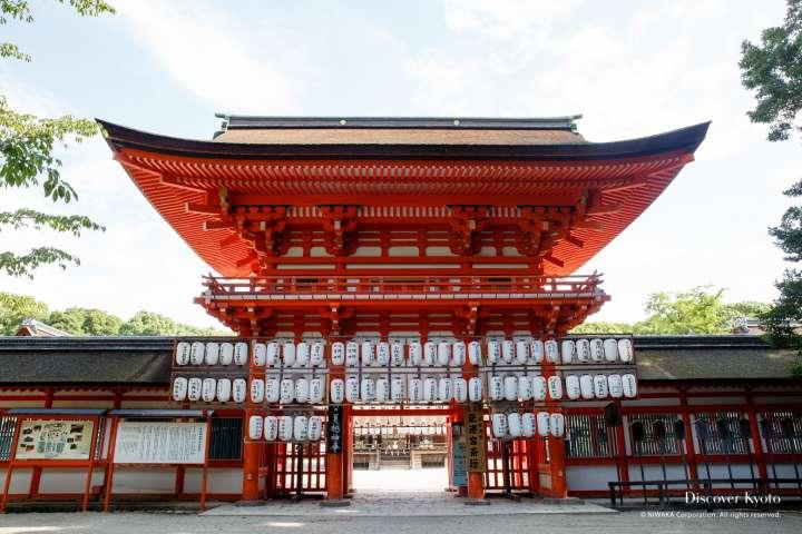Festival lanterns on the gate at Shimogamo shrine.