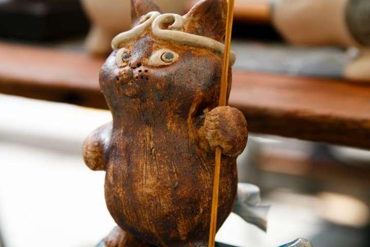 Cat figurine at the Gojōzaka Tōki Matsuri.