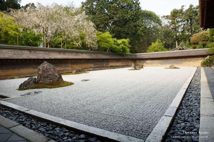 Zen rock garden at Ryōan-ji.