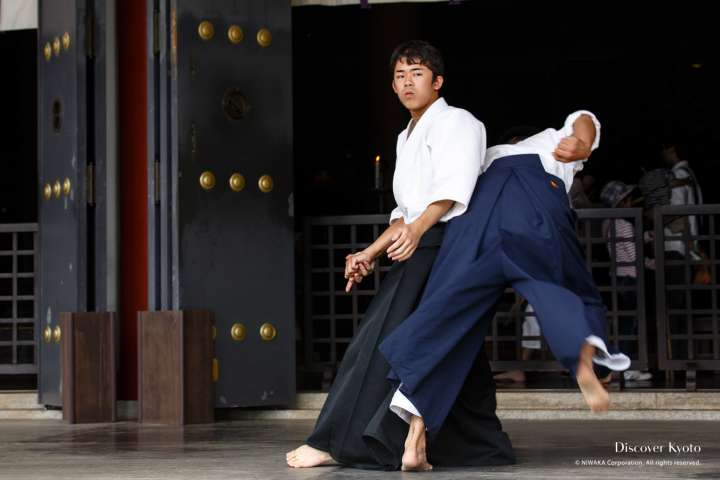 Aikidō throwing techniques demonstrated at the 2014 Yoshitsune-sai at Kurama-dera.