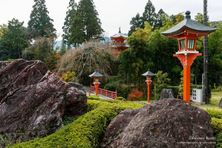 Shobo-ji bridge approach