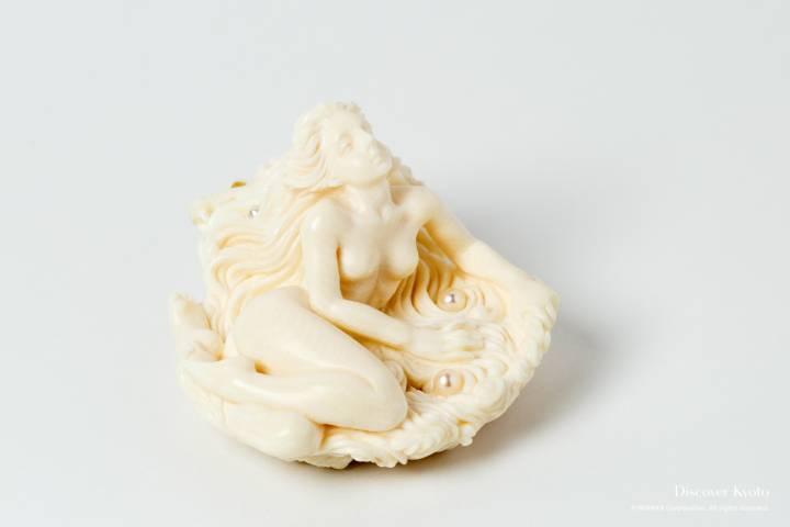 Netsuke Museum Venus Ivory