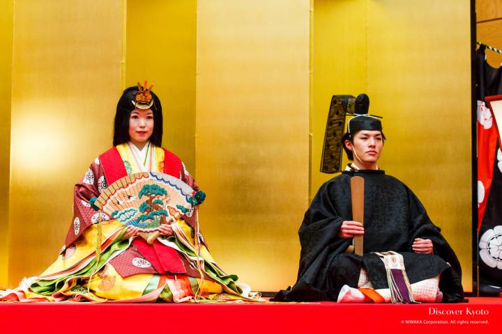 Empress and Emperor of the 2015 Hiina Matsuri at Ichihime Shrine.