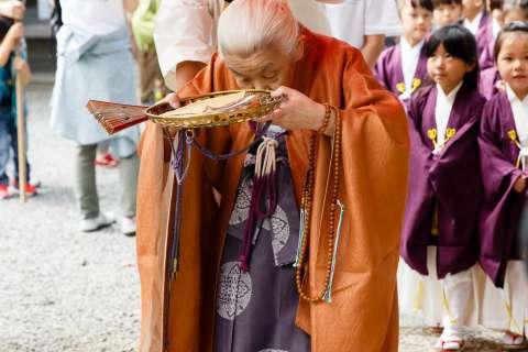The head priest of the temple presides over the Yoshitsune-sai at Kurama-dera.