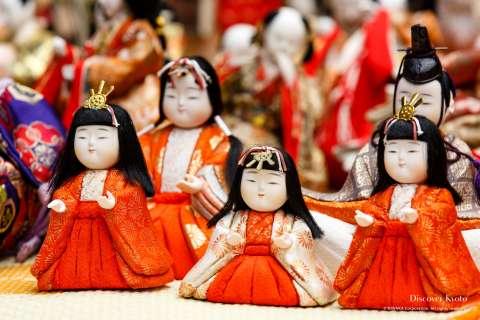 Small dolls await their blessing before being laid to rest during the Ningyō Kuyō at Hōkyō-ji.