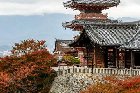 Autumn at Kiyomizu-dera.