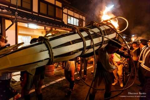 Wild mountain wisteria is used to create torch handles for the Kurama no Hi Matsuri at Yuki Shrine.