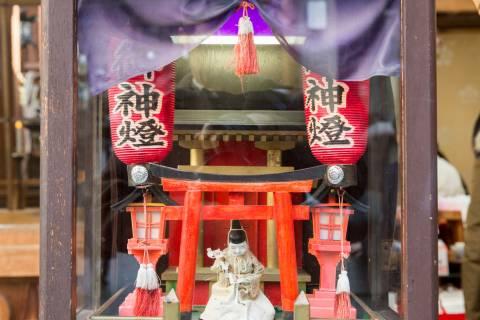 Nishiki Tenmangū Mechanical Priest