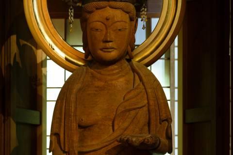 Shōrin-in Kannon Statue