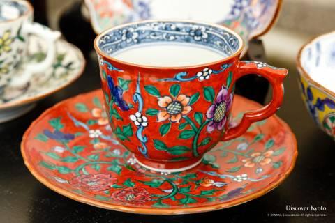 Kiyomizuyaki no Sato Matsuri ceramics glazed tea cup