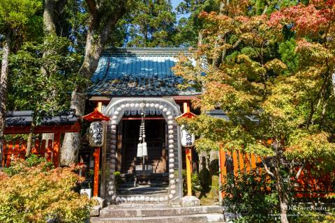 Sekizan Zen-in main hall prayer beads
